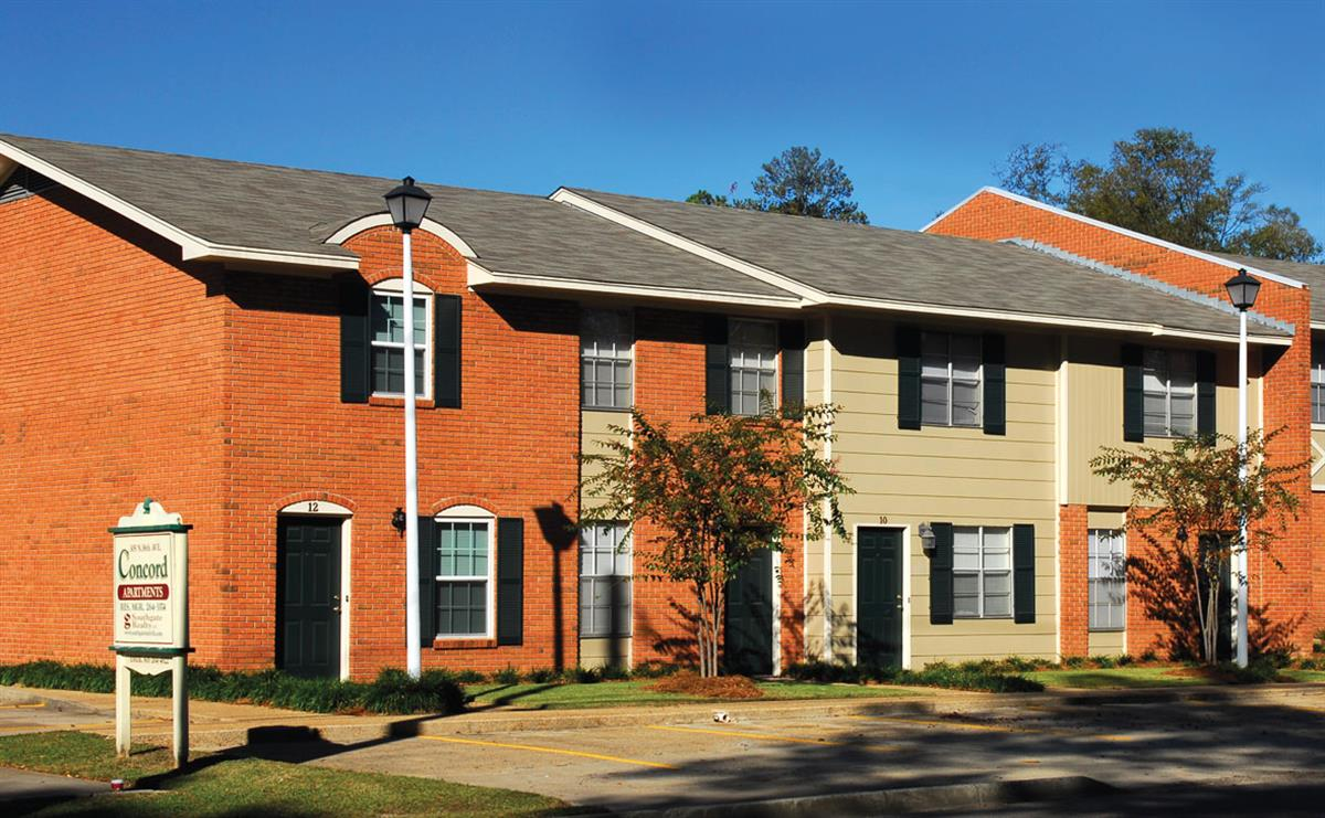 Concord townhomes apartment in hattiesburg ms for Home builders in hattiesburg ms