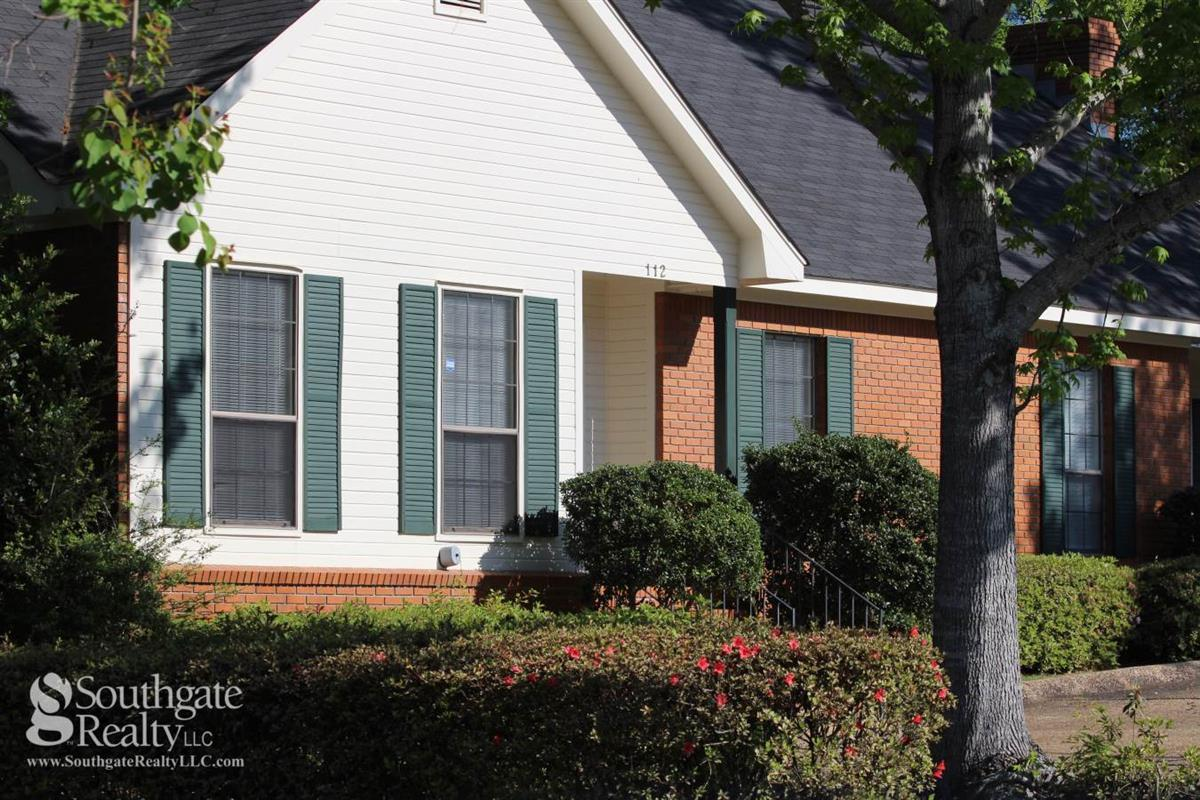 Woodshire Duplexes And Townhomes Apartment In Hattiesburg Ms