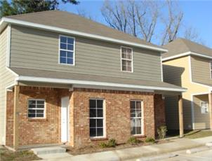Magnolia Townhomes apartment in Hattiesburg, MS