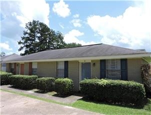 Southern Cottages apartment in Hattiesburg, MS